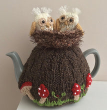 Load image into Gallery viewer, Owlets in the old oak tree - Knitted Tea Cosy Kit