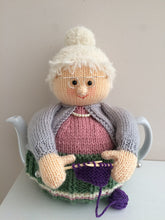Load image into Gallery viewer, Nana- Knitted Tea Cosy Kit