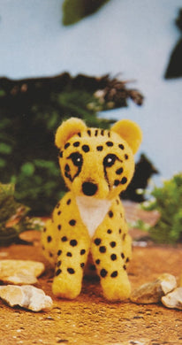 Needle Felting Leopard Kit - Makes 2