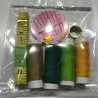 Essentials Sewing Kit - 7 Piece