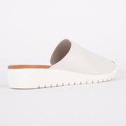 Misk White White Sole