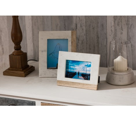 A Hint of Marble Photo Frame