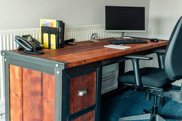 'URBAN' - Executive Desk