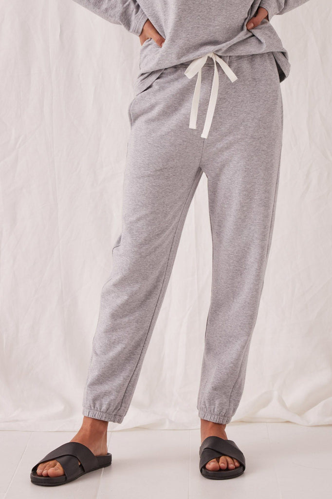 ASSEMBLY Kin Fleece Trackpant Grey Marle Front