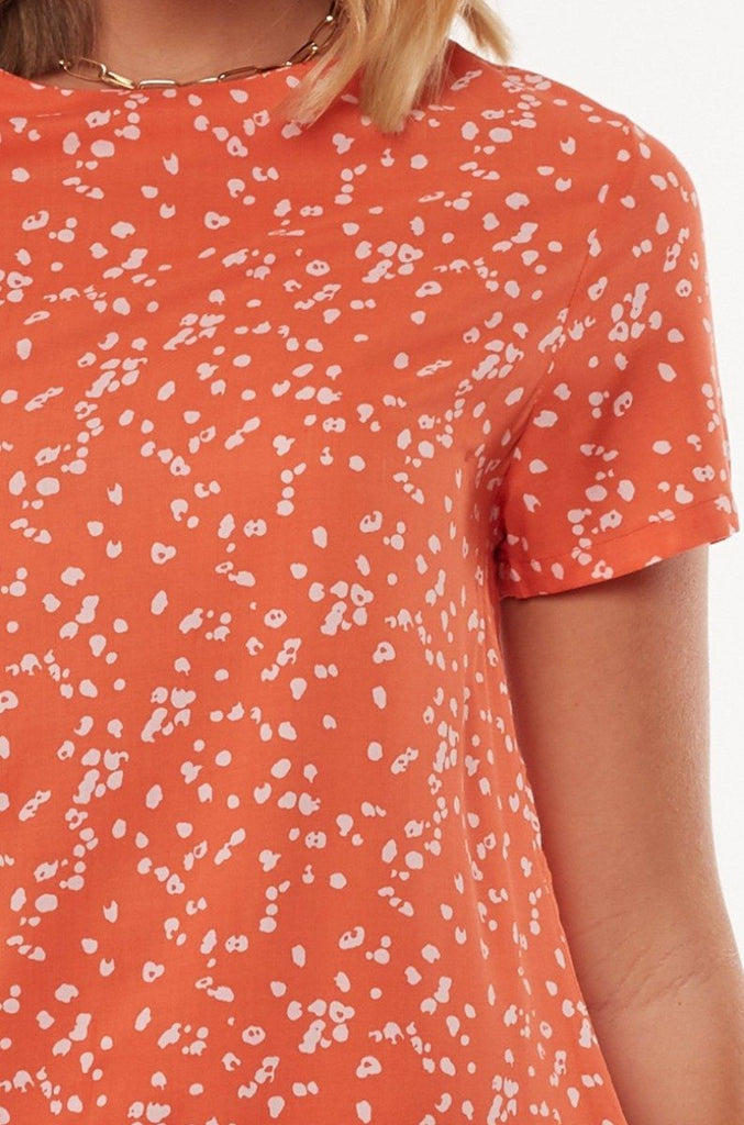 ALL ABOUT EVE Spring Shift Dress Print Close Up Detail