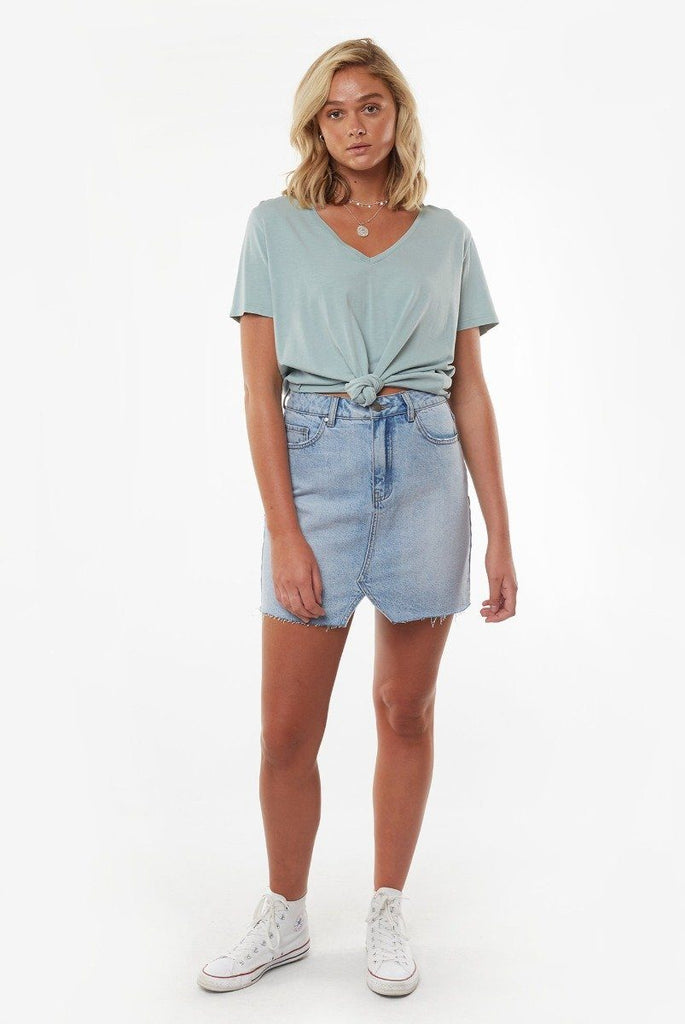 ALL ABOUT EVE V Neck Tie Crop Tee Light Blue Front Full