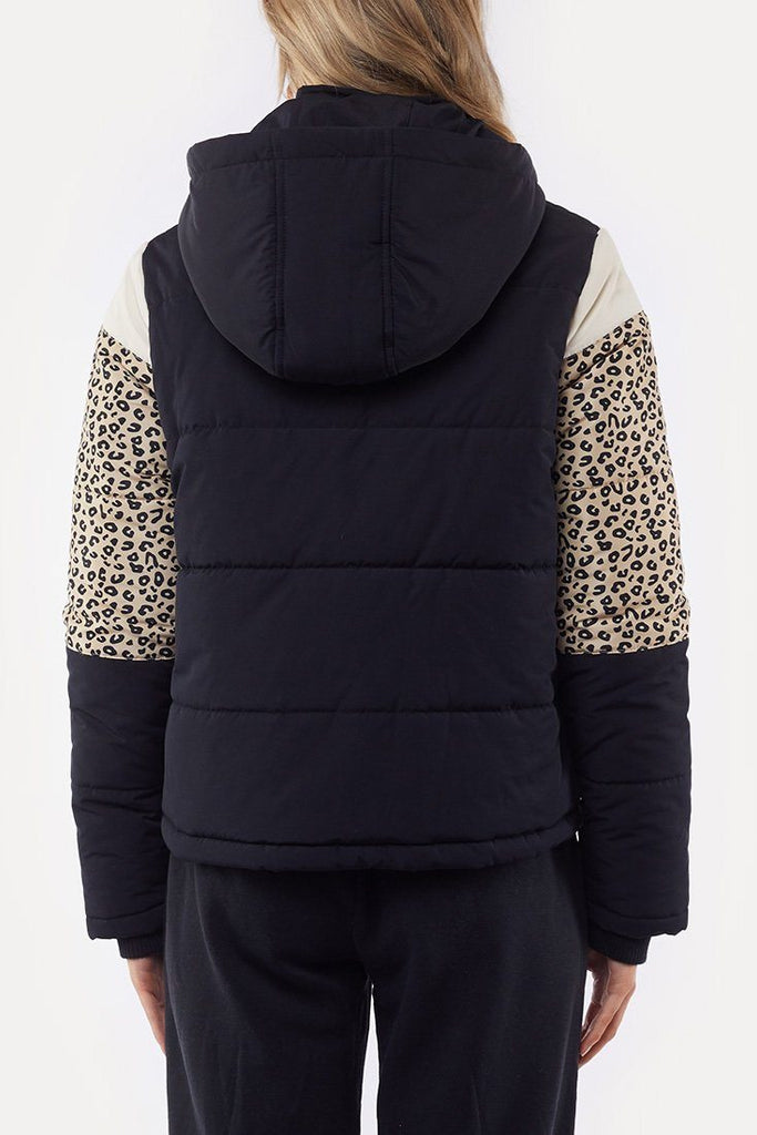 ALL ABOUT EVE Distinct Panel Puffer Multi Back
