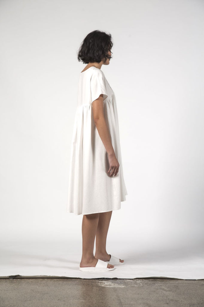THINGTHING Elfie Dress White Texture Side