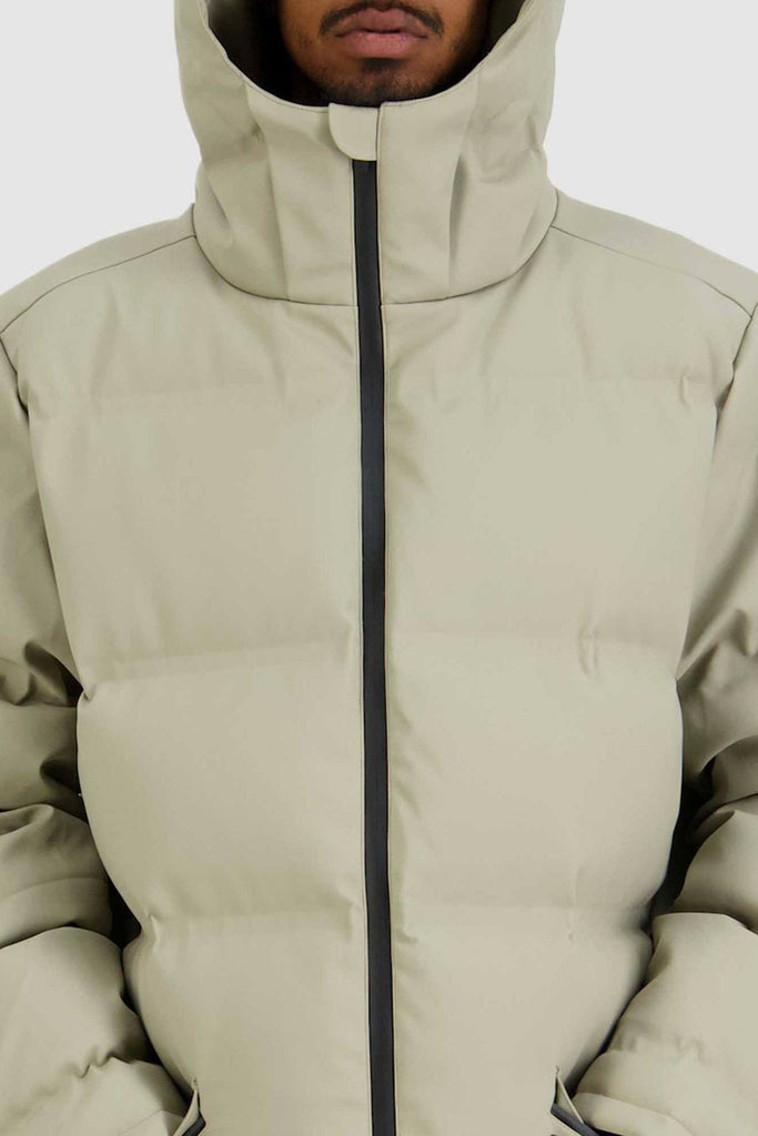 HUFFER Mens Oversize Superdown Jacket Sand Closed