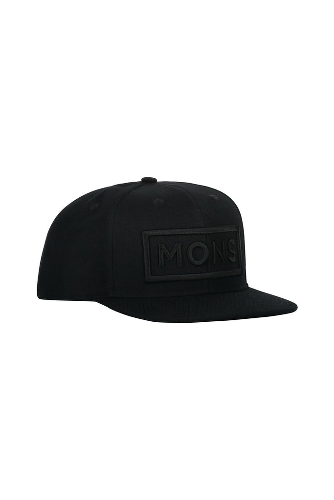 MONS ROYALE Unisex Wool Connor Cap Black front Angle