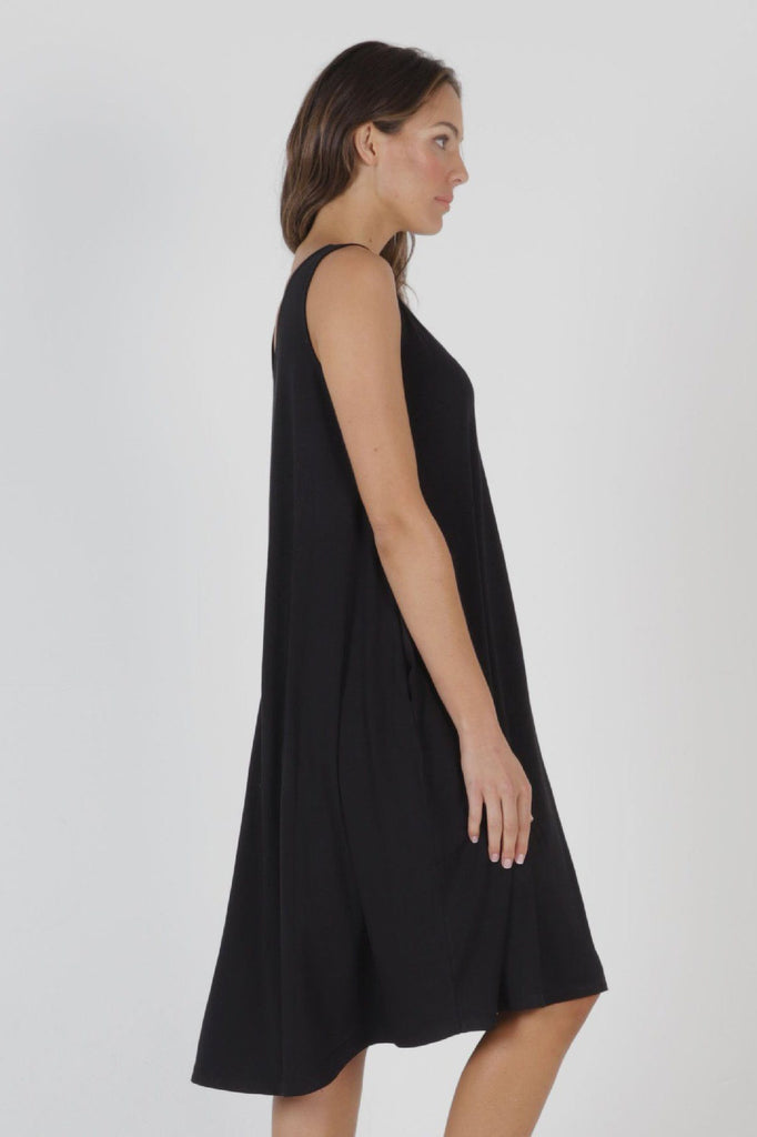BETTY BASICS Oman Dress Black Side