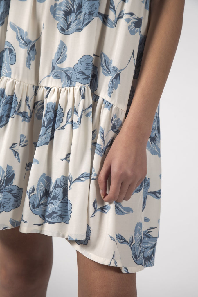 THINGTHING Twirl Dress Floral Blue Bottom Detail