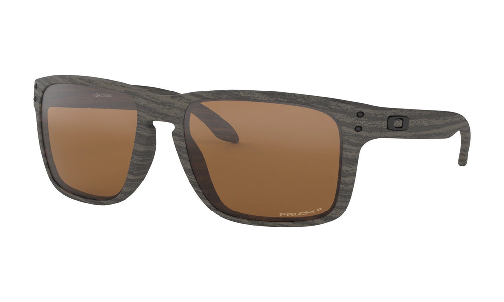 OAKLEY Holbrook Xl Woodgrain Prizm Tungsten Polarized Front Angle