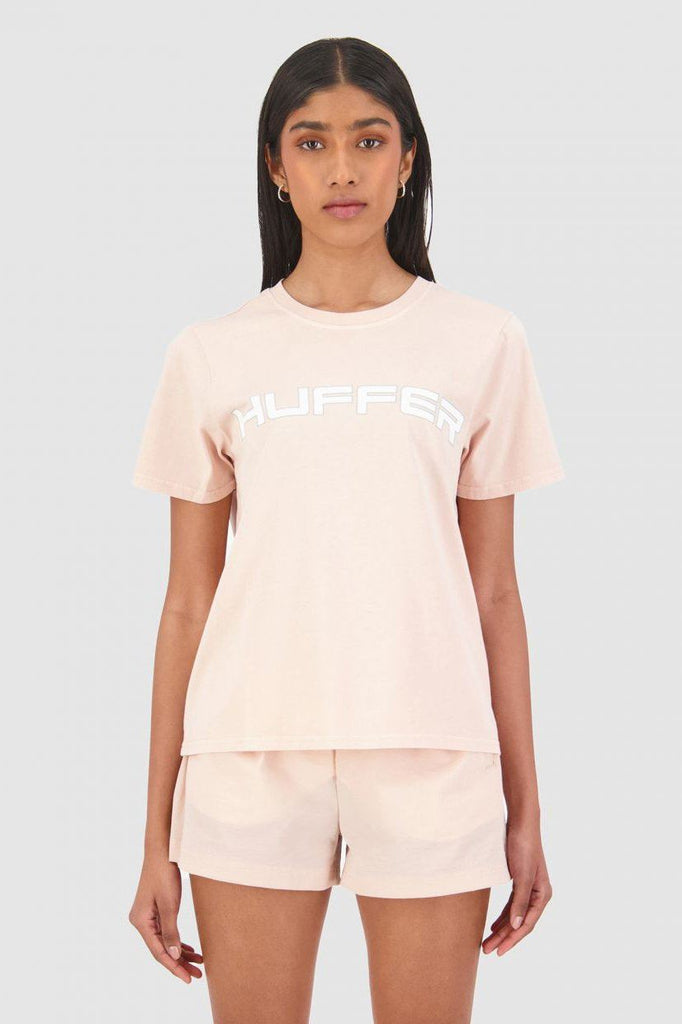 HUFFER Honors Stella Tee Gum Pink Front