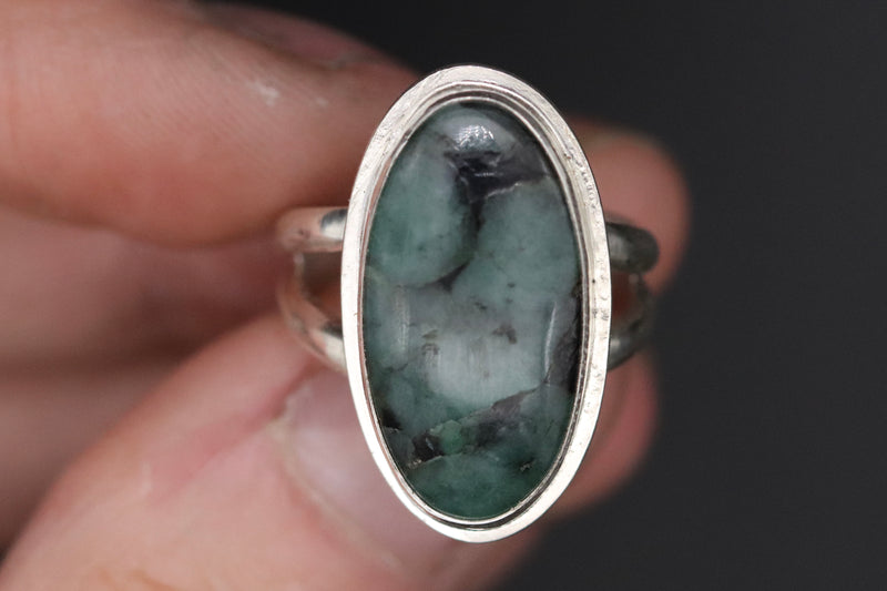 Size 7 Emerald Ring