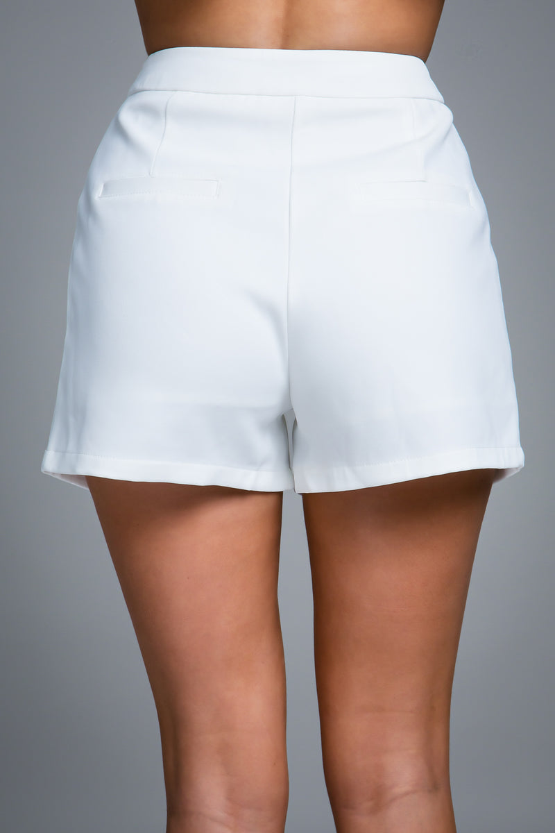 CHLOE TAILORED SHORTS WHITE