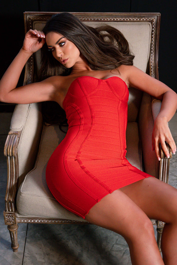 AMELIA BANDAGE DRESS RED