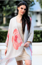 Load image into Gallery viewer, Linen Lightweight Coral Flower Shawl