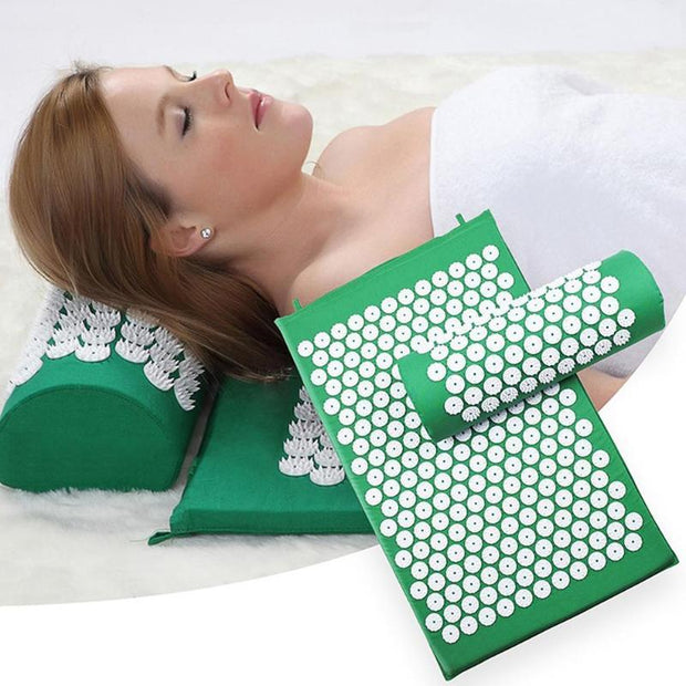 Gym Accessories Online Yoga Mat with Massage Functionand a Pillow