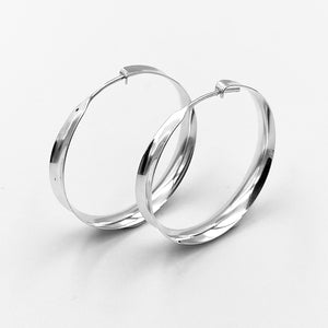 Load image into Gallery viewer, Hoop round sterling silver concaved earrings
