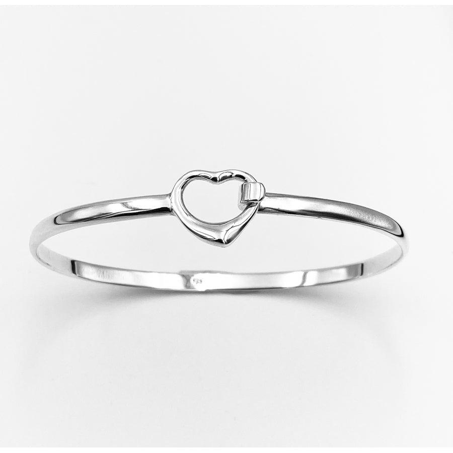 Load image into Gallery viewer, Open heart solid sterling silver oval 65mm bangle