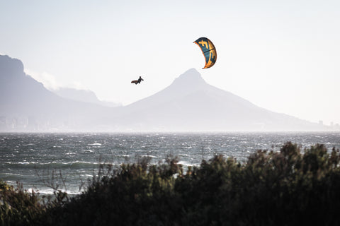 Ben Rootman megaloop in Cape Town. Kyle Cabano photo.