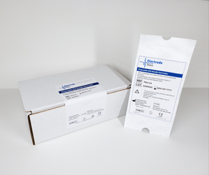 PRO-E4 (004833) sterile white pouch and box  with label