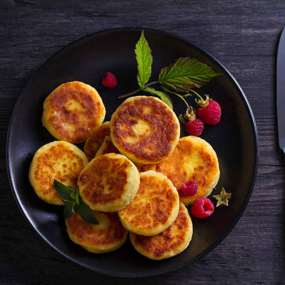 Syrniki (Cottage Cheese Pancakes) - 6 pcs