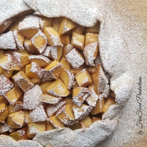 Galette with Apples and Dulce de leche - 8''