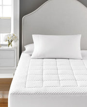 Load image into Gallery viewer, Martha Stewart - Dream Science Washable Memory Foam Mattress Pad, Cal King