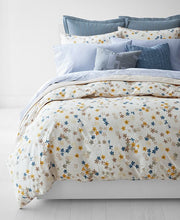 Load image into Gallery viewer, Lauren Ralph Home - Hanah Floral Bedding Collection Comforter Set, Full/Queen