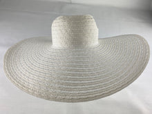 Load image into Gallery viewer, Nine West Women's Sun/Beach Hat