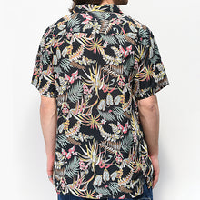 Load image into Gallery viewer, Men Printed Casual Short Sleeve Shirt