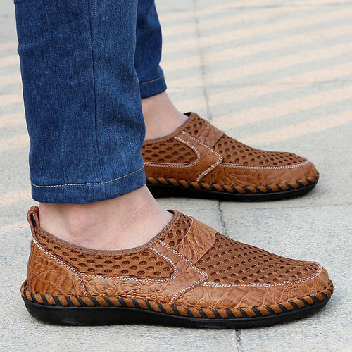 Men Mesh Breathable Loafers Lightweight Slip-On Honeycomb Hiking Shoes