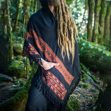 Load image into Gallery viewer, Men Hooded Poncho Boho Style Cloak