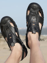 Load image into Gallery viewer, Men Soft Sole Beach Outdoor Sandal
