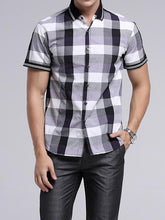 Load image into Gallery viewer, Men Short Sleeves Plaid Shirt