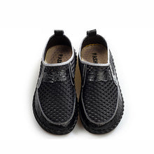 Load image into Gallery viewer, Men Mesh Breathable Loafers Lightweight Slip-On Honeycomb Hiking Shoes