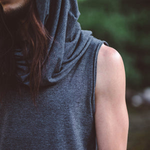 Men Long Sleeveless Hooded Vest Top