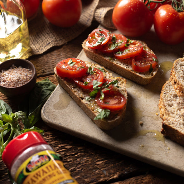 Tomato Sandwich (Tartine) with Hawaiian Seasalt