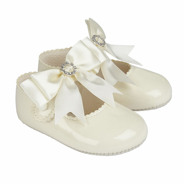 Baypods B060 in ivory patent - Early Days Baby and Toddler Shoes for Boys and Girls