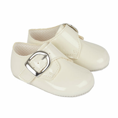 Baypods B656 in ivory - Early Days Baby and Toddler Shoes for Boys and Girls
