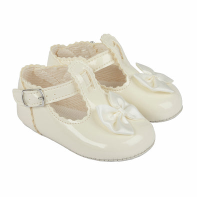 Baypods B861 in ivory - Early Days Baby and Toddler Shoes for Boys and Girls