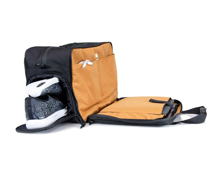 The collapsible Shoe Pouch
