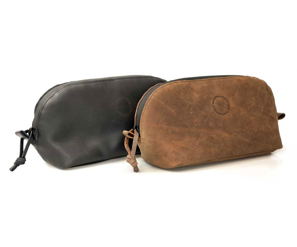 The elegant and refined Curo Dopp Kit