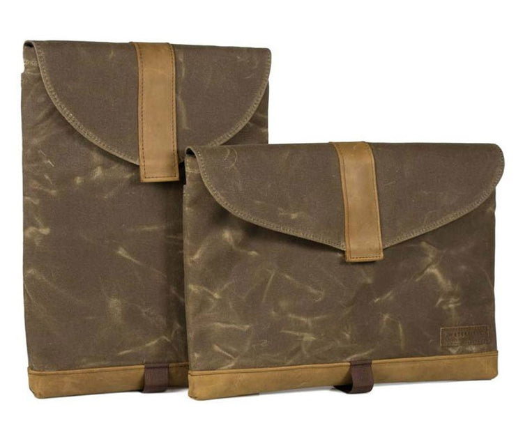 Waxed Canvas - Vertical (L) Horizontal (R)