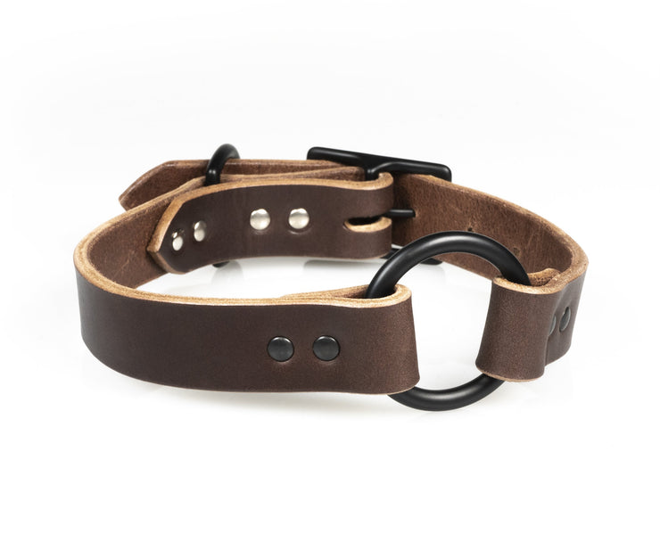 Center-ring in Dark Brown Leather