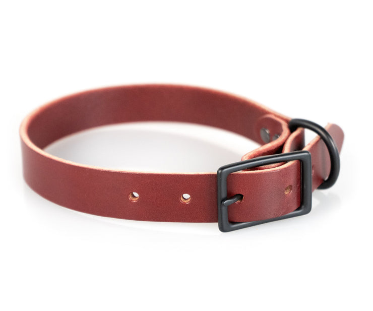 Standard in Crimson Leather