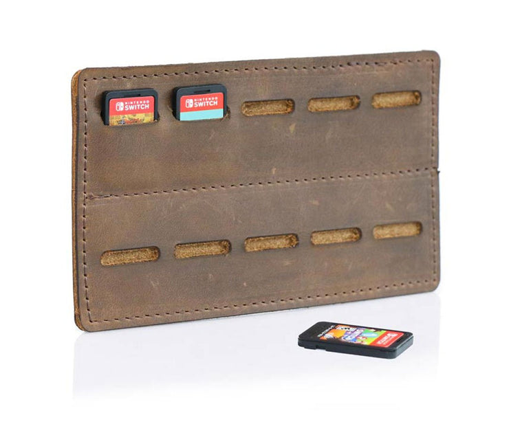 Includes a removable 10-game card holder