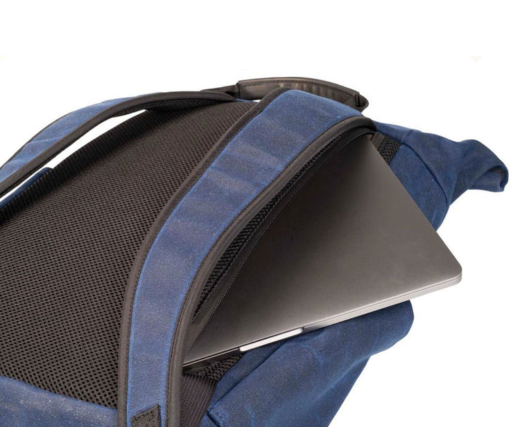 Protective, quick access laptop pocket